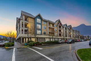 """Main Photo: 407 1336 MAIN Street in Squamish: Downtown SQ Condo for sale in """"The Artisan"""" : MLS®# R2325156"""