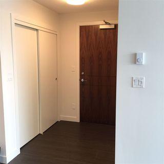 Photo 2: 1515 13750 100 Avenue in Surrey: Whalley Condo for sale (North Surrey)  : MLS®# R2325445