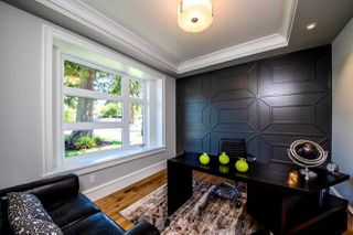 Photo 12: 2255 LLOYD Avenue in North Vancouver: Pemberton Heights House for sale : MLS®# R2333757