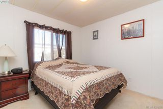 Photo 14: 11 151 Cooper Rd in VICTORIA: VR Glentana Manufactured Home for sale (View Royal)  : MLS®# 805155