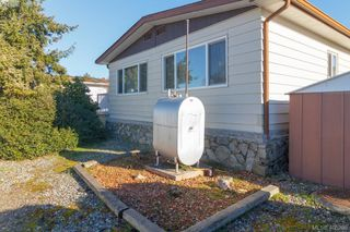 Photo 19: 11 151 Cooper Rd in VICTORIA: VR Glentana Manufactured Home for sale (View Royal)  : MLS®# 805155