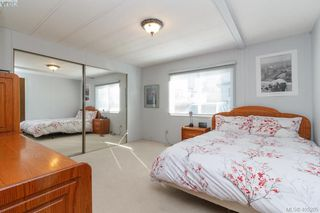 Photo 12: 11 151 Cooper Rd in VICTORIA: VR Glentana Manufactured Home for sale (View Royal)  : MLS®# 805155