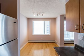 Photo 10: 906 10180 104 Street in Edmonton: Zone 12 Condo for sale : MLS®# E4145280