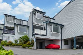 """Main Photo: 3 14985 VICTORIA Avenue: White Rock Townhouse for sale in """"MAINSAIL"""" (South Surrey White Rock)  : MLS®# R2344508"""