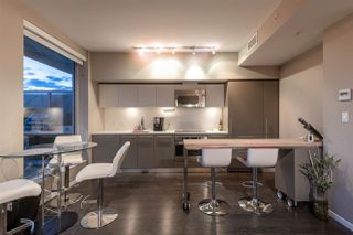 """Photo 7: 2504 999 SEYMOUR Street in Vancouver: Downtown VW Condo for sale in """"999 Seymour"""" (Vancouver West)  : MLS®# R2350714"""