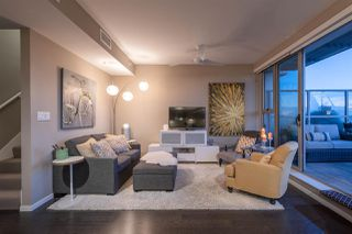 """Photo 2: 2504 999 SEYMOUR Street in Vancouver: Downtown VW Condo for sale in """"999 Seymour"""" (Vancouver West)  : MLS®# R2350714"""