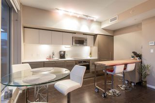 """Photo 8: 2504 999 SEYMOUR Street in Vancouver: Downtown VW Condo for sale in """"999 Seymour"""" (Vancouver West)  : MLS®# R2350714"""