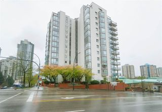Main Photo: 305 98 TENTH Street in New Westminster: Downtown NW Condo for sale : MLS®# R2358276