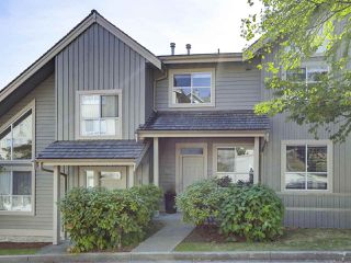 "Photo 1: 317 1465 PARKWAY Boulevard in Coquitlam: Westwood Plateau Townhouse for sale in ""Silver Oak"" : MLS®# R2368977"