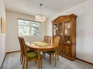 Photo 10: 5132 DALHAM Crescent NW in Calgary: Dalhousie Detached for sale : MLS®# C4244871