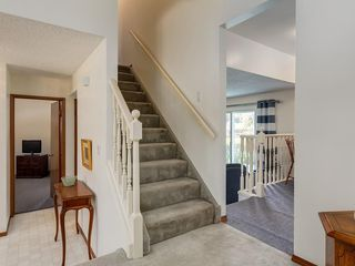 Photo 19: 5132 DALHAM Crescent NW in Calgary: Dalhousie Detached for sale : MLS®# C4244871