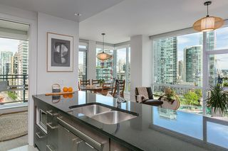 "Main Photo: 1503 1455 HOWE Street in Vancouver: Yaletown Condo for sale in ""POMARIA"" (Vancouver West)  : MLS®# R2371625"