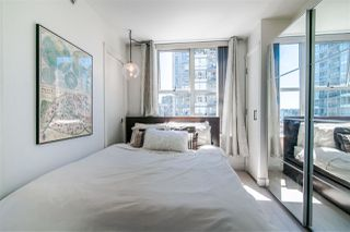 "Photo 5: 1207 989 RICHARDS Street in Vancouver: Downtown VW Condo for sale in ""MONDRIAN I"" (Vancouver West)  : MLS®# R2373679"