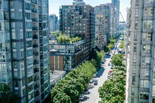 "Photo 9: 1207 989 RICHARDS Street in Vancouver: Downtown VW Condo for sale in ""MONDRIAN I"" (Vancouver West)  : MLS®# R2373679"