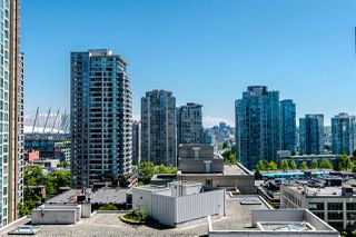 "Photo 10: 1207 989 RICHARDS Street in Vancouver: Downtown VW Condo for sale in ""MONDRIAN I"" (Vancouver West)  : MLS®# R2373679"