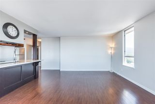"Photo 9: 1206 11980 222 Street in Maple Ridge: West Central Condo for sale in ""GORDON TOWERS PENTHOUSE"" : MLS®# R2378502"