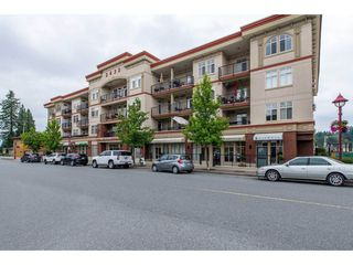 "Photo 2: 209 2632 PAULINE Street in Abbotsford: Central Abbotsford Condo for sale in ""Yale Crossing"" : MLS®# R2380897"