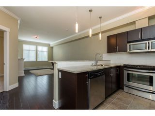 "Photo 4: 209 2632 PAULINE Street in Abbotsford: Central Abbotsford Condo for sale in ""Yale Crossing"" : MLS®# R2380897"