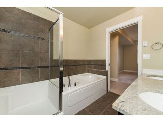 "Photo 18: 209 2632 PAULINE Street in Abbotsford: Central Abbotsford Condo for sale in ""Yale Crossing"" : MLS®# R2380897"