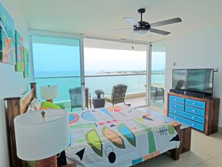 Photo 42: Fully Furnished Beach Front Resort Condo Priced to Sell!!