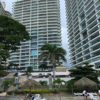 Photo 78: Fully Furnished Beach Front Resort Condo Priced to Sell!!