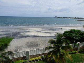 Photo 72: Fully Furnished Beach Front Resort Condo Priced to Sell!!