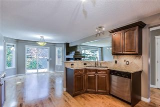 Photo 8: 223 WESTPOINT Garden SW in Calgary: West Springs Detached for sale : MLS®# C4273787