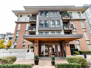 Photo 1: 104-1135 Windsor Mews in Coquitlam: New Horizons Condo for sale : MLS®# R2418394