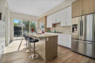 Photo 2: 10435 140 Street in Edmonton: Zone 11 House for sale : MLS®# E4215917