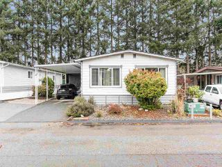 """Photo 1: 297 1840 160 Street in Surrey: King George Corridor Manufactured Home for sale in """"BREAKAWAY BAYS"""" (South Surrey White Rock)  : MLS®# R2519884"""