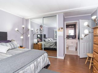 """Photo 27: 297 1840 160 Street in Surrey: King George Corridor Manufactured Home for sale in """"BREAKAWAY BAYS"""" (South Surrey White Rock)  : MLS®# R2519884"""