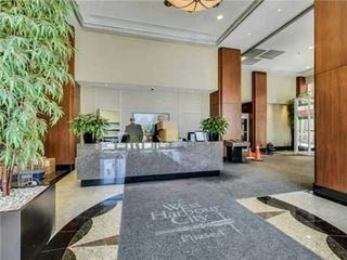 Photo 4: 2406 628 Fleet Street in Toronto: Niagara Condo for lease (Toronto C01)  : MLS®# C5081226