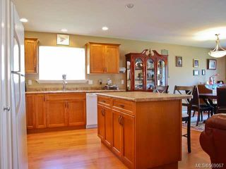 Photo 13: 2462 TIGER MOTH PLACE in COMOX: Z2 Comox (Town of) House for sale (Zone 2 - Comox Valley)  : MLS®# 569067
