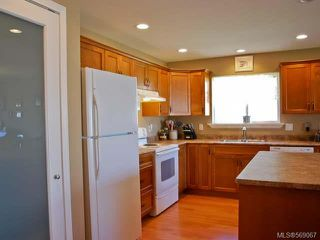 Photo 6: 2462 TIGER MOTH PLACE in COMOX: Z2 Comox (Town of) House for sale (Zone 2 - Comox Valley)  : MLS®# 569067