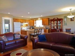 Photo 5: 2462 TIGER MOTH PLACE in COMOX: Z2 Comox (Town of) House for sale (Zone 2 - Comox Valley)  : MLS®# 569067