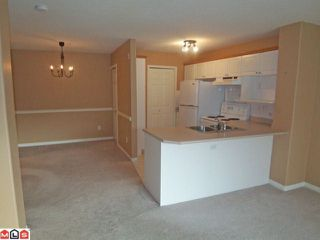 """Photo 3: 122 22150 48TH Avenue in Langley: Murrayville Condo for sale in """"EAGLECREST"""" : MLS®# F1126874"""