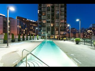 "Photo 18: # 2202 1199 SEYMOUR ST in Vancouver: Downtown VW Condo for sale in ""BRAVA"" (Vancouver West)  : MLS®# V1033200"