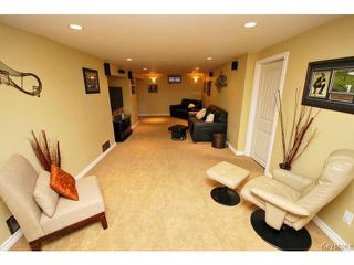 Photo 13: 146 Danbury Bay in WINNIPEG: Westwood / Crestview Residential for sale (West Winnipeg)  : MLS®# 1410862