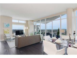 "Photo 7: 4001 1372 SEYMOUR Street in Vancouver: Downtown VW Condo for sale in ""THE MARK"" (Vancouver West)  : MLS®# V1071762"