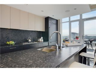 "Photo 11: 4001 1372 SEYMOUR Street in Vancouver: Downtown VW Condo for sale in ""THE MARK"" (Vancouver West)  : MLS®# V1071762"