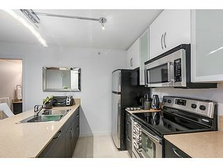 """Photo 8: 903 928 HOMER Street in Vancouver: Yaletown Condo for sale in """"YALETOWN PARK1"""" (Vancouver West)  : MLS®# V1105059"""