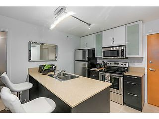 """Photo 6: 903 928 HOMER Street in Vancouver: Yaletown Condo for sale in """"YALETOWN PARK1"""" (Vancouver West)  : MLS®# V1105059"""