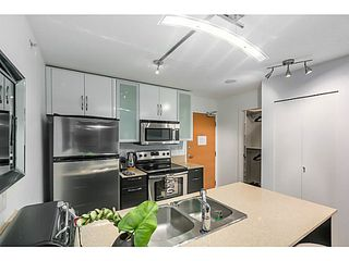 """Photo 9: 903 928 HOMER Street in Vancouver: Yaletown Condo for sale in """"YALETOWN PARK1"""" (Vancouver West)  : MLS®# V1105059"""