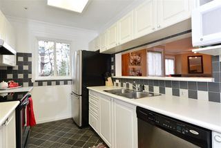 "Photo 10: 316 16137 83 Avenue in Surrey: Fleetwood Tynehead Condo for sale in ""The Fernwood"" : MLS®# R2029497"