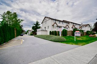 "Photo 6: 20 2352 PITT RIVER Road in Port Coquitlam: Mary Hill Townhouse for sale in ""SHAUGHNESSY ESTATES"" : MLS®# R2064551"