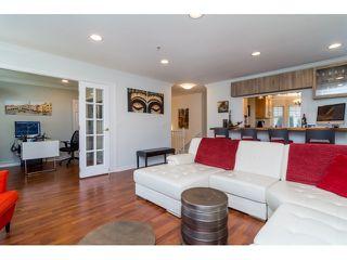 "Photo 5: 39 20788 87 Avenue in Langley: Walnut Grove Townhouse for sale in ""KENSINGTONM VILLAGE"" : MLS®# R2071308"