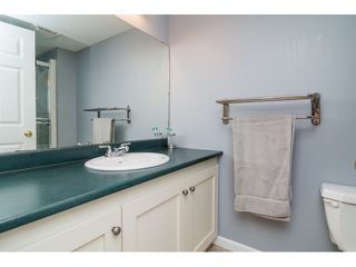 "Photo 17: 39 20788 87 Avenue in Langley: Walnut Grove Townhouse for sale in ""KENSINGTONM VILLAGE"" : MLS®# R2071308"
