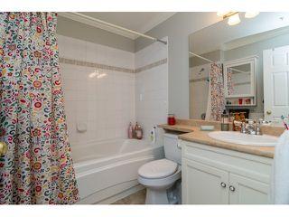 "Photo 12: 39 20788 87 Avenue in Langley: Walnut Grove Townhouse for sale in ""KENSINGTONM VILLAGE"" : MLS®# R2071308"