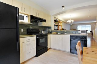 "Photo 5: 16 6747 203 Street in Langley: Willoughby Heights Townhouse for sale in ""Sagebrook"" : MLS®# R2125819"