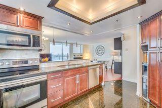 Photo 1: 802 738 FARROW Street in Coquitlam: Coquitlam West Condo for sale : MLS®# R2137039